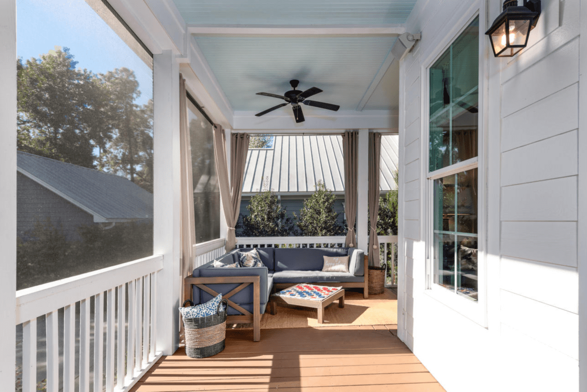 Screen Porch Design Ideas Amp Inspiration Screen Porch Living